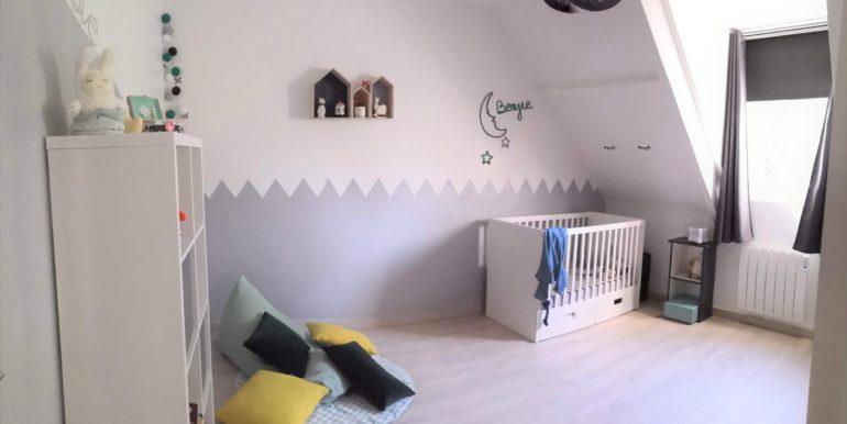 chambre enfant retouchée