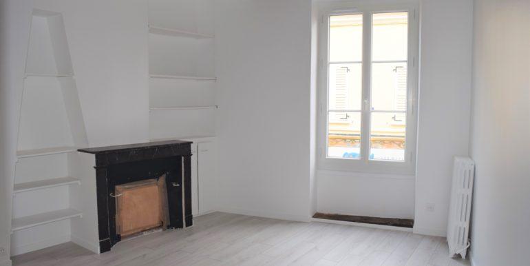 (3)chambre retouchée